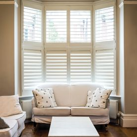 Bay_window_shutters