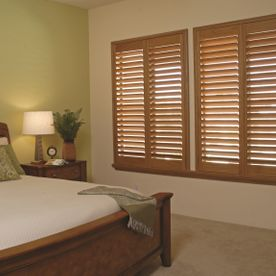 Bright, wood_or_colour_shutters, bedroom, custom_made_shutters