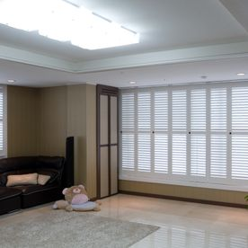 Contemporary_shutters, Full_height_shutters, white_shutters, sun_room_shutters, patio_shutters,